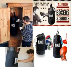 "Sports bag ""A boxing pear"