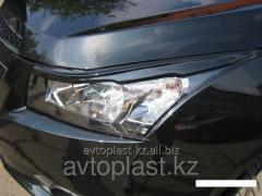 Eyelashes on Chevrolet Cruze headlights pitch 1,