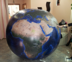 Aerostat in the form of Earth of 1,8 m