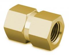 Pipe connecting B-12-HCG couplings