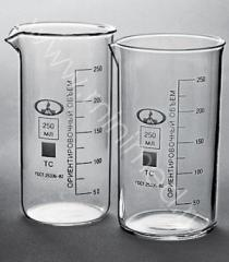 Tall glasses with divisions and nose, the HARDWARE
