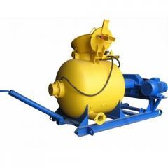 PB-600 pneumoconcrete pump