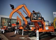 Loading crane of scrap metal of Doosan DX225LCA MH