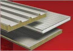 Roofing panels for a flooring of a roof of
