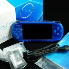 Игровая приставка PSP 3000 + 20 игр + 2 чехла