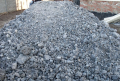 Mixes crushed-stone gravel and sand, ballast construction