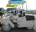Two-roller compaction roller of YTO LTC4B