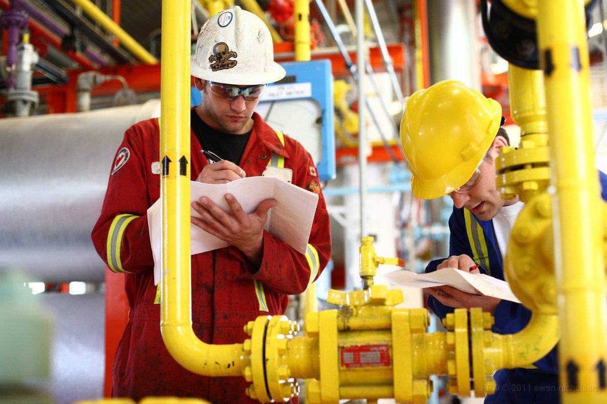 Забастовка работников нефтяной отрасли началась в сша