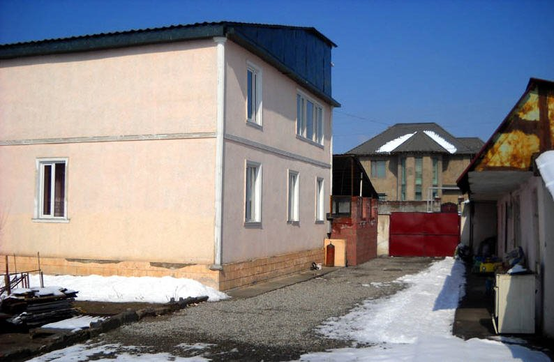Order Houses, dachas, cottages: sale