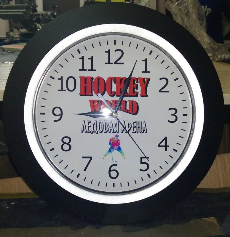 Нанесение логотипа на настенные часы