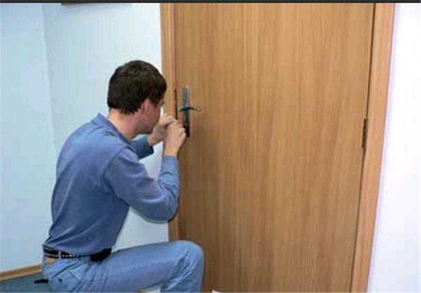 Мастера по ремонту дверей