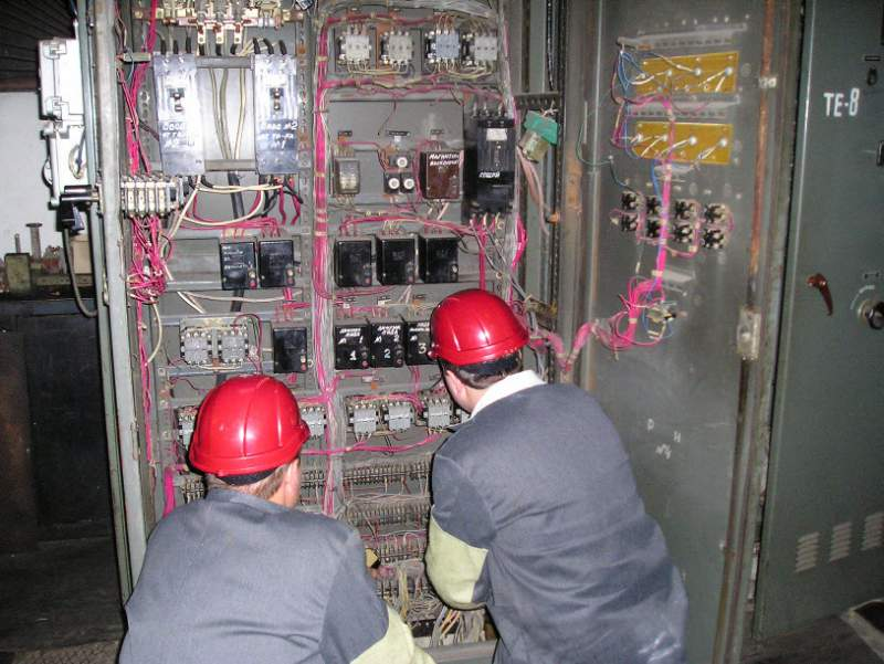 работа в москве наладчик вакуумного оборудования в москве простых