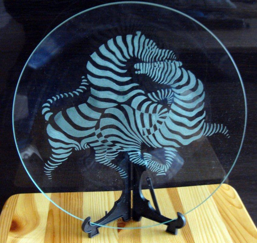 Заказать Лазерная гравировка стекла, зеркала