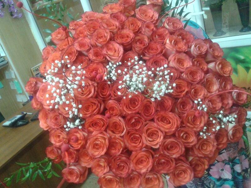 Заказать Служба доставки цветов в Актау