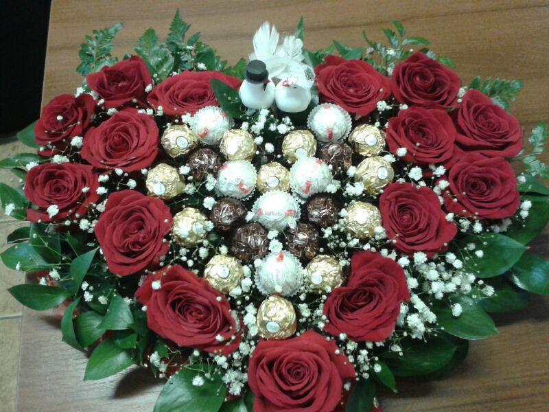 Доставка цветов по актау подарок к юбилею 50 лет женщине своими руками