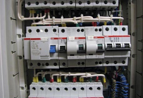 Order Installation, installation of sockets, switches