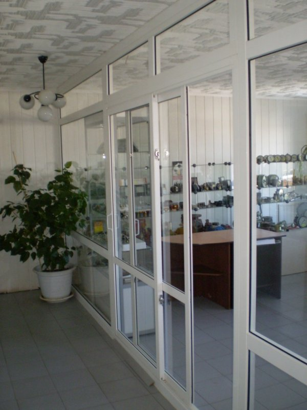 Order Installation of partitions and doors