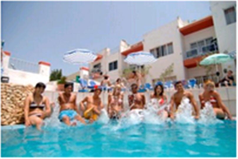 Заказать Языковые курсы в школе-резиденции Clubclass Malta в Алматы