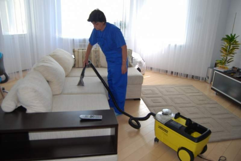 Заказать Химчистка мягкой мебели и ковроланов