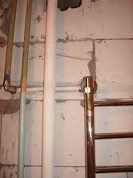 Заказать Штробление стен под разводку труб канализации и водопровода