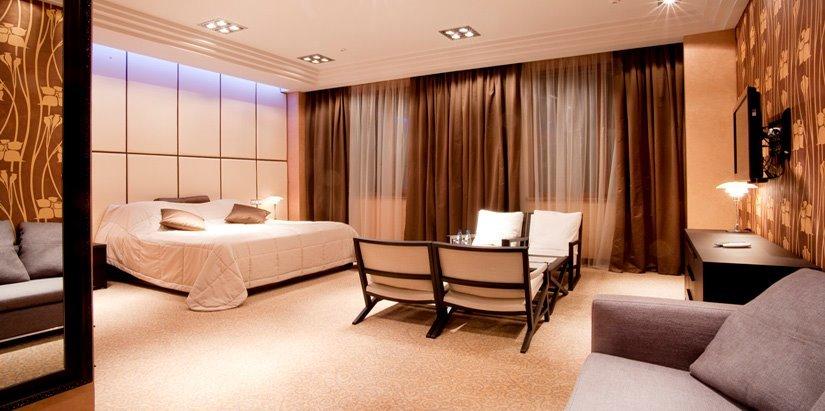 Заказать Astoria Casino Hotel