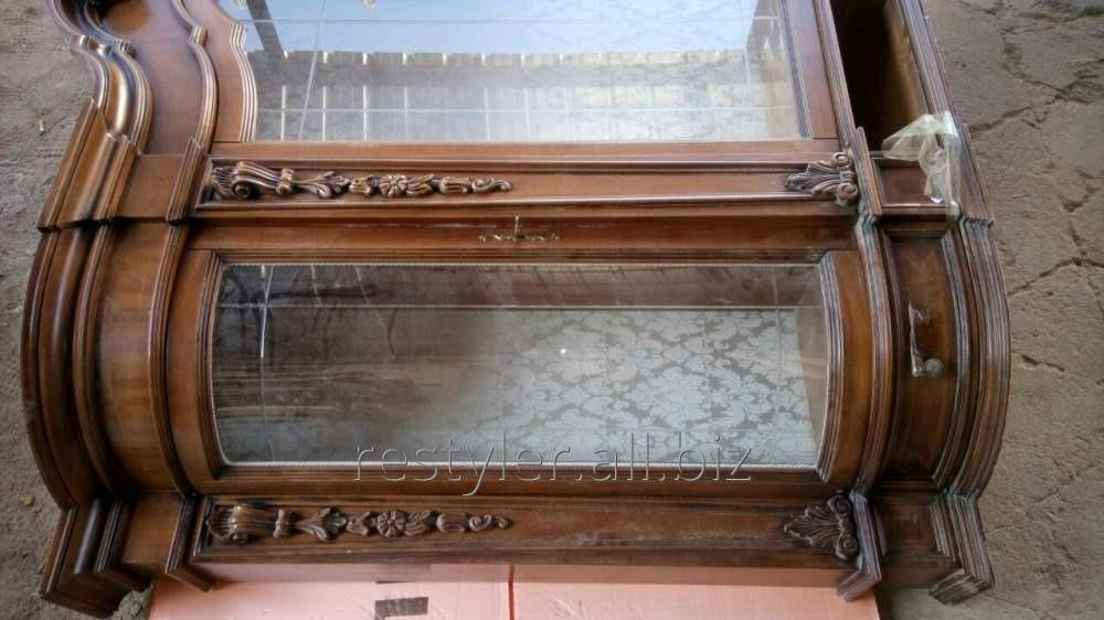 Реставрация декоративного серванта