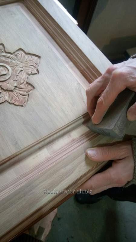 Ремонт мебели из натурального дерева