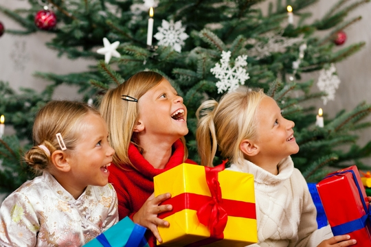 Заказать Проведение детских новогодних утренников и елок