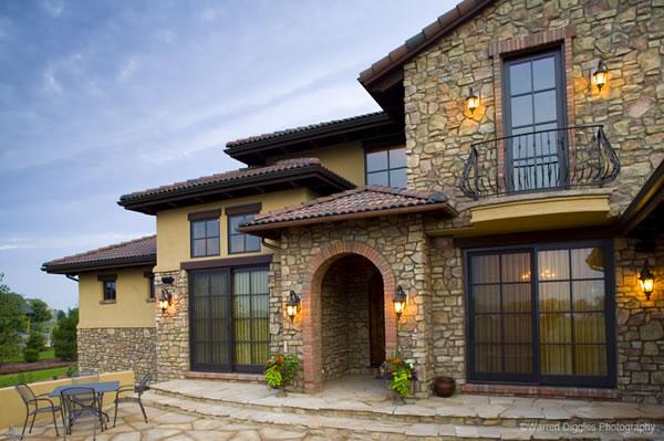 Заказать Декорирование фасада домов