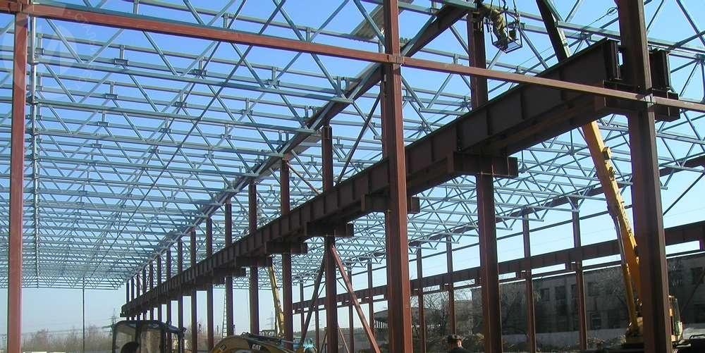 Монтаж металлоконструкции каркаса здания