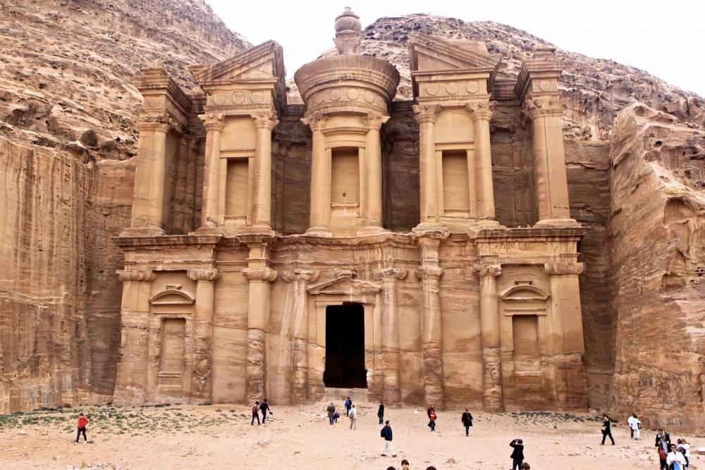 Помощь в оформлении визы в Иорданию