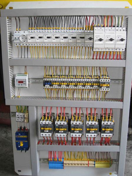 Прокладка групповой компьютерной сети, Прокладка инженерных сетей и коммуникаций