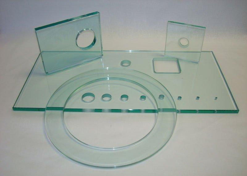 Заказать Сверление отверстий в стекле и зеркале