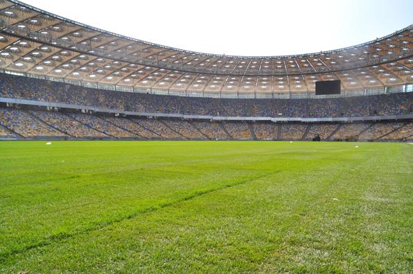 Укладка спортивных покрытий для стадионов в Казахстане