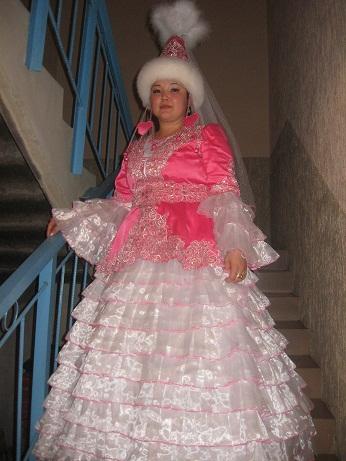Народные платья на прокат