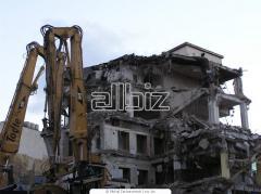 Демонтаж зданий в условиях плотной застройки