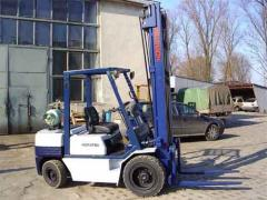 Rent of a fork loader of komatsu1