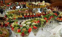 Buffet receptions on departure