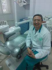Removal of retenirovanny tooth (eight)