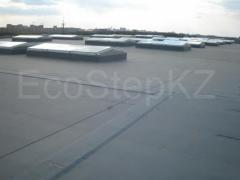 Works on the device of roofing materials.