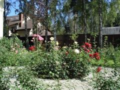 Возведение розария в Алматы