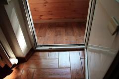 Flooring, linoleum laying