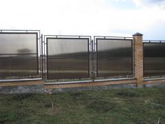 Polycarbonate fences