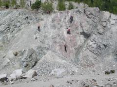Strengthening of rocky slopes