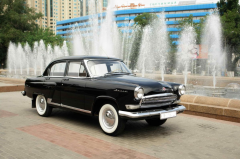 Hire of a retro of the GAZ car-21 Volga