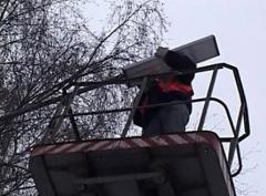 Mounting of street lighting, mounting of lamps,