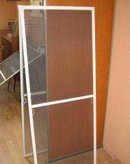 Установка москитной сетки для пластиковых окон