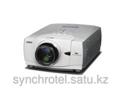 Rent of a projector of 3000 - 5500 Lm