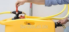 Cleaning of hydraulic systems
