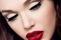 Courses of the professional makeup artist Paket